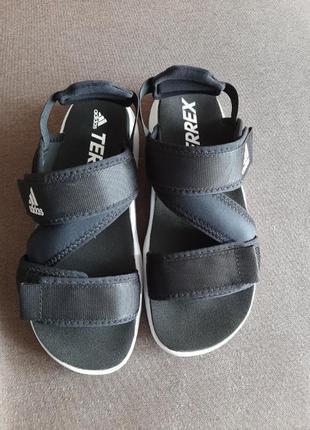 Сандалі adidas