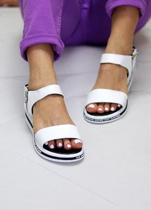 Белые  натуральные кожаные босоножки/сандали полоски 36-40