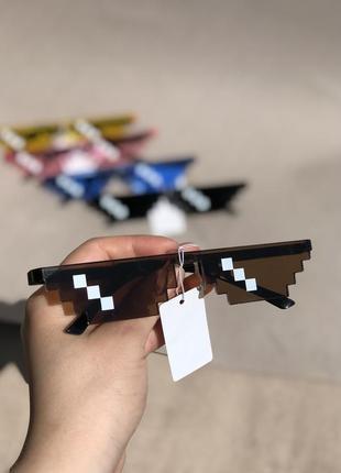 Солнцезащитные очки pixel deal with it