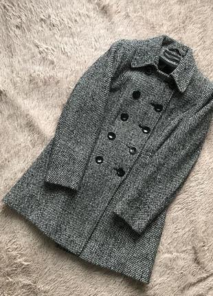 Стильное пальто с кармашками шерсть в составе