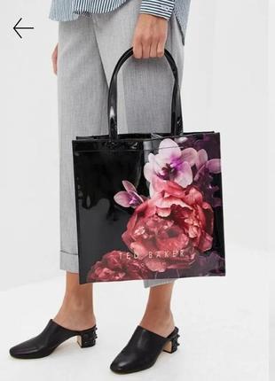 3 дня!черная лаковая сумка шоппер с цветочным принтом(оригинал)