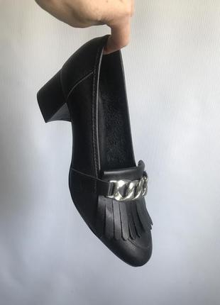 Кожаные туфли черные bianco на широком каблуке2 фото