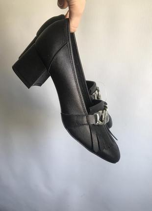 Кожаные туфли черные bianco на широком каблуке9 фото