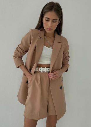 Женский костюм пиджак шорты