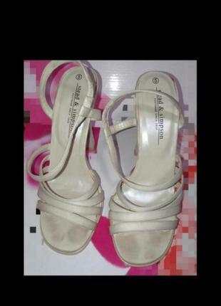 Босоножки туфли праздничные каблуки m&s