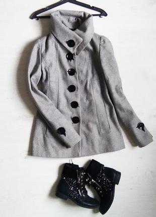 Натуральное шерстяное пальто vivalon-m