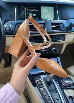 Туфли на каблуке🧡