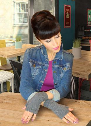 Ультрамодные митенки - перчатки без пальцев вязаные
