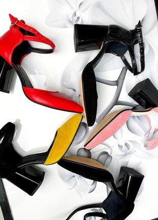 Туфли на каблуке чёрные кожа