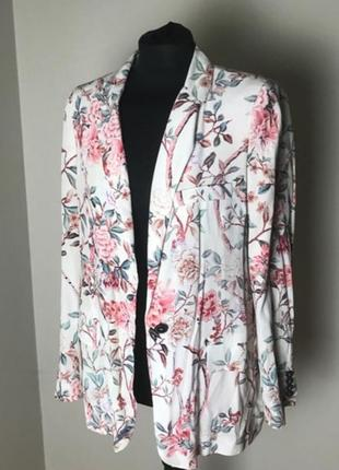 Zara пиджак жакет в цветочный принт