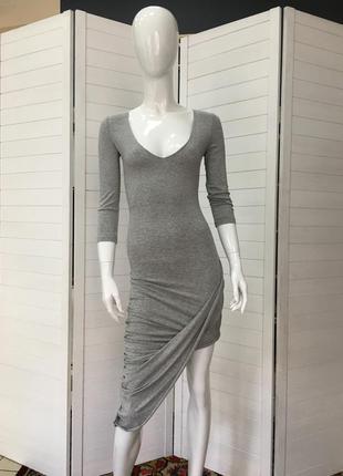 Трендовое ассиметричное платье waggon paris
