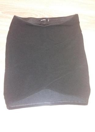 Черная юбка bershka