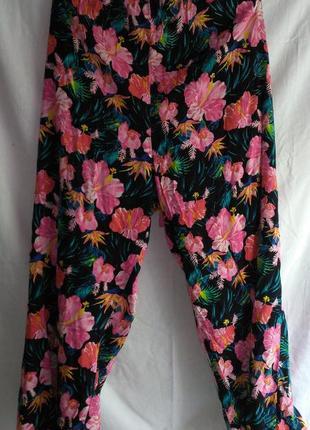 Классные летние брюки для очень хорошей женщины