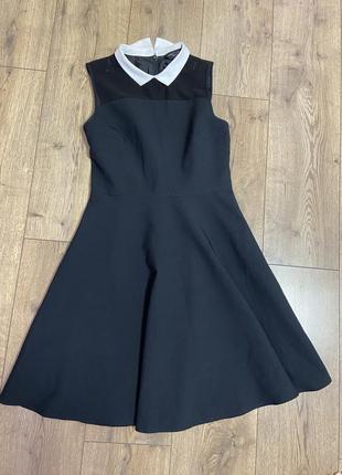 Платье чёрное до колен