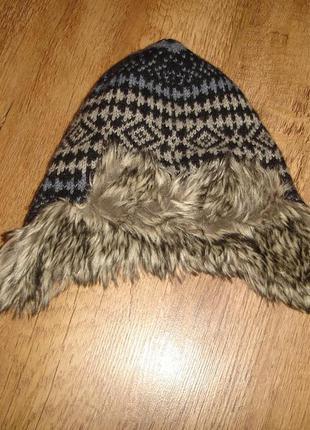 Классная шапка monsoon на 2-4 года  п