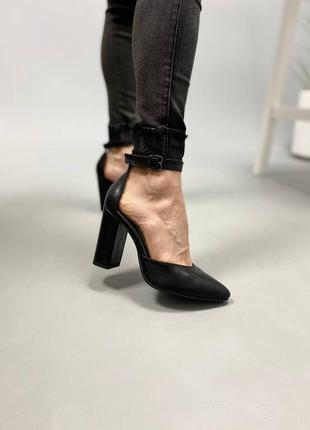 Женственные туфли