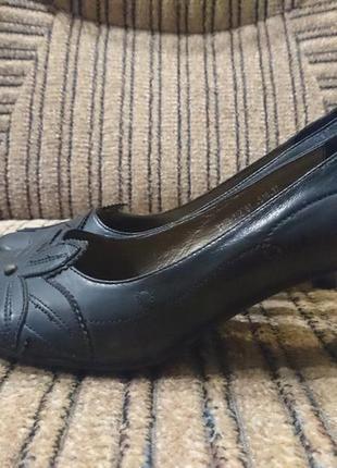 Кожаные туфли на стопу 24 см