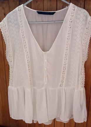 Белая блуза /блузка с вышивкой zara
