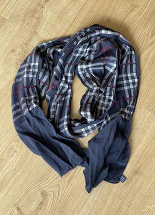 Вінтаж.  неймовірний шовковий. шарф burberrys