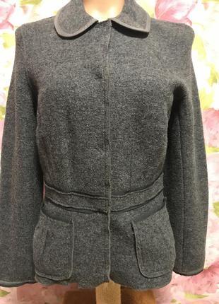 Актуальный пиджак/100%  шерсть