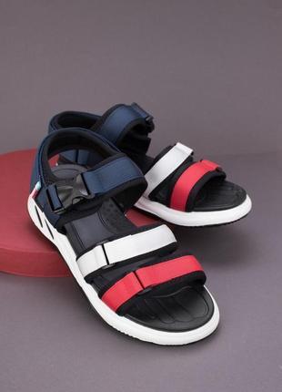 Женские сандали большой размер