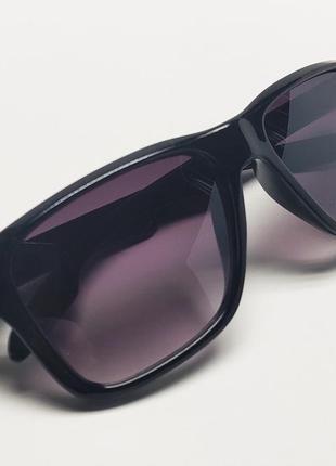 Уцінка! дитячі  окуляри сонцезахисні чорні в чорній оправі