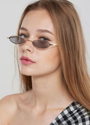 Модные солнцезащитные очки черные узкие овальные ретро очки 7016