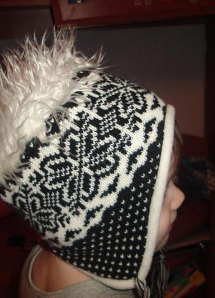 Шапка, шапочка на 2-3 года