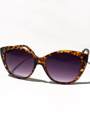 Солнцезащитные очки кошка с леопардовым принтом