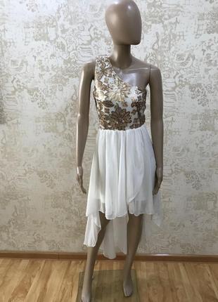 Нежное и очень красивое платье quiz
