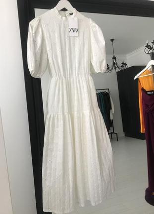 Zara платье с вышивкой, s10 фото