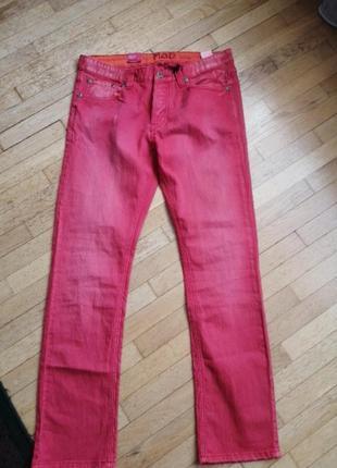 Крутые джинсы узкие