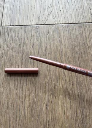 Yves rocher контурный карандаш для глаз коричневый мягкий