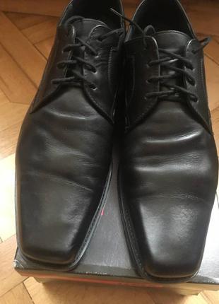 Чоловічі туфлі lloyd