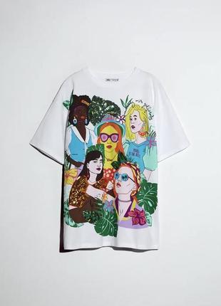 Яркая футболка zara
