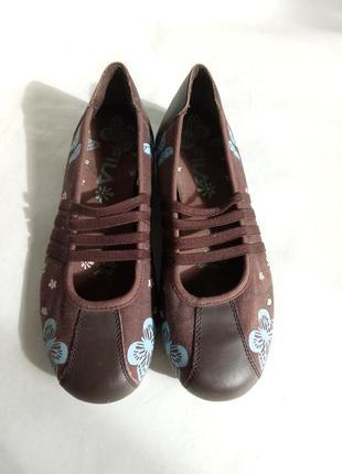 Удобные туфли на резинках fila 39