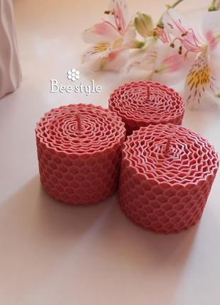 Свеча миниатюрка из розовой пчелиной вощины 🤍🌸