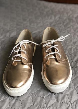 Взуття/ мокасіни/ кеди/ кросівки