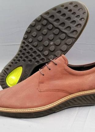Кожаные демисезонные ботинки от ecco р. 48