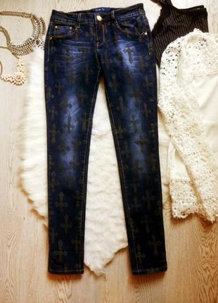 Синие плотные джинсы с принтом рисунком блестящие кресты низкая талия посадка скинни