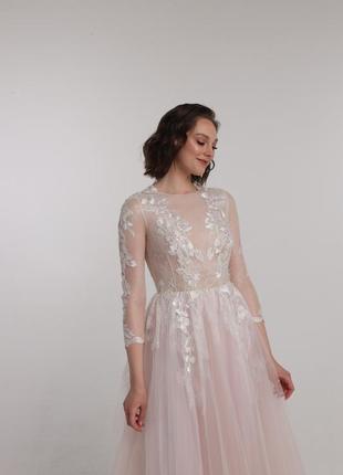 Свадебное / вечернее кружевное уникальное длинное платье ручной работы