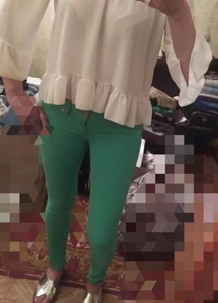 Ярко зеленые джинсы р-р 36