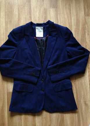 Синий пиджак pull&bear
