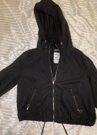 Курточка bershka1 фото