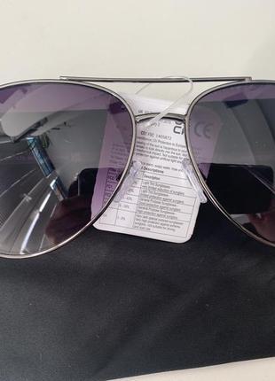 Солнцезащитные очки унисекс avon
