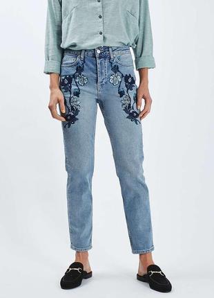 Straight джинси з вишивкою прямі
