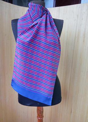 Изысканный шелковый шарф в полоску2