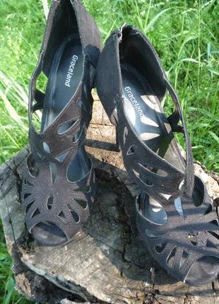Черные босоножки, туфли, перфорация, высокий каблук от graceland, стелька 24 см