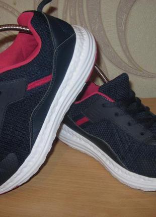 Продам кроссовки для бега,спорта,фитнеса фирмы alive 38 размера .