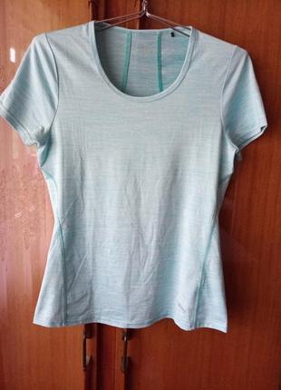 Victory melange - мягкая и легкая спортивная футболка для бега и тренировок в зале.